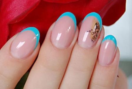 gel-nails-blue-tip