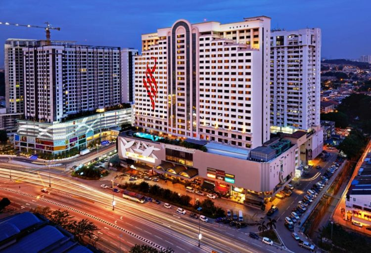 International hotel near pwtc